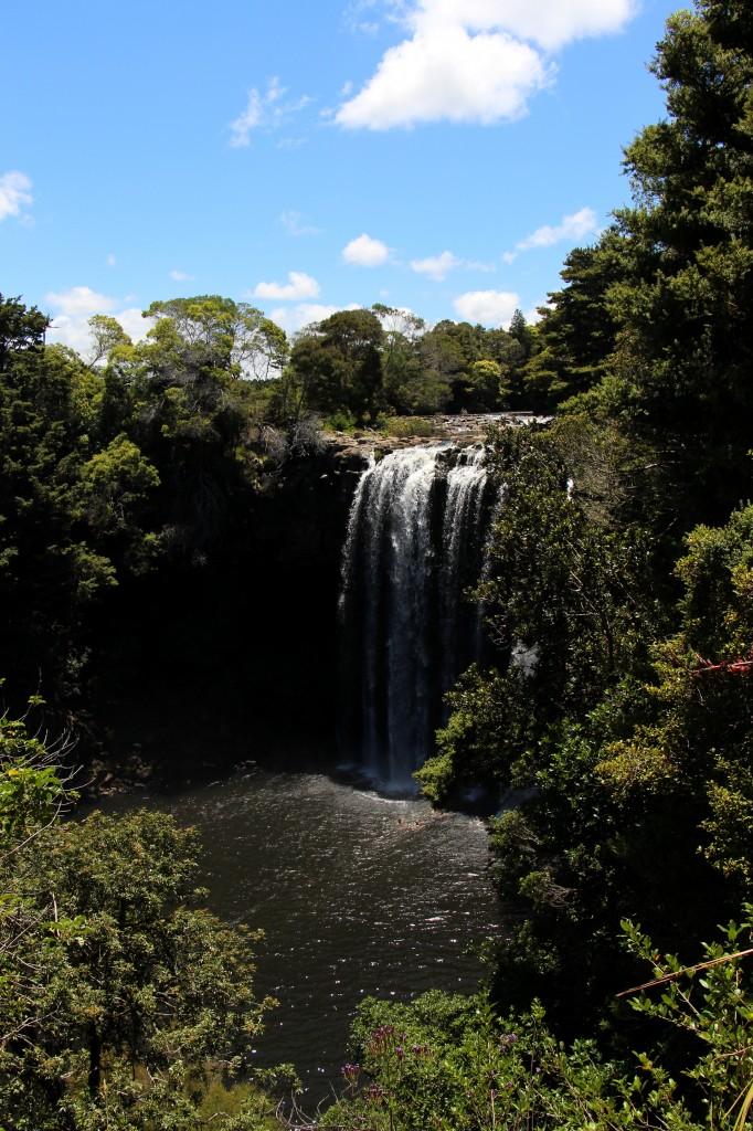 Rainbow-Falls