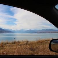 Rueckblick zum Lake Pukaki und Mt. Cook